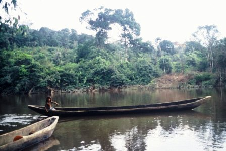 dug-out-canoe-chenapou-guyana-web-version.jpg